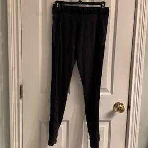 NWOT-Victoria's Secret Pink Yoga Pants